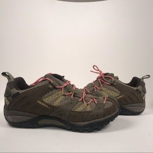 Merrill Green with pink Laces Waterproof Sneakers